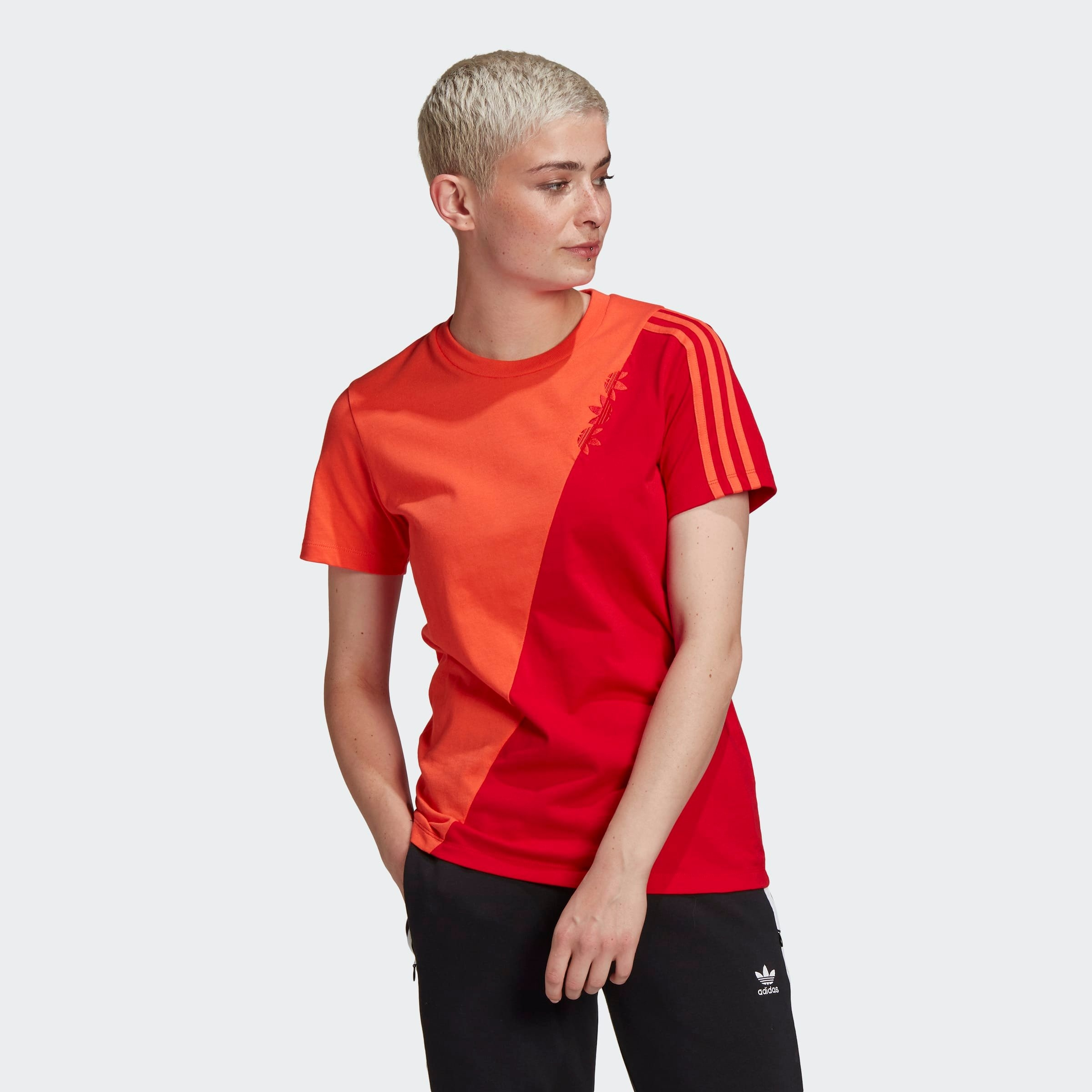 Op zoek naar een adidas Originals T-shirt ADICOLOR SLICED TREFOIL REGULAR? Koop online bij OTTO