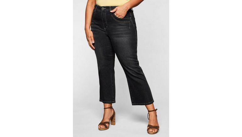 Sheego bootcut jeans in 7/8-lengte met decoratieve zakken