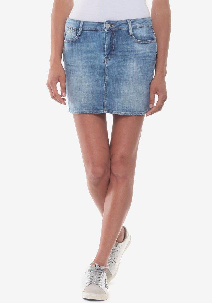 Le Temps Des Cerises jeansrok BAKI perfecte pasvorm door het elastan-aandeel nu online kopen bij OTTO