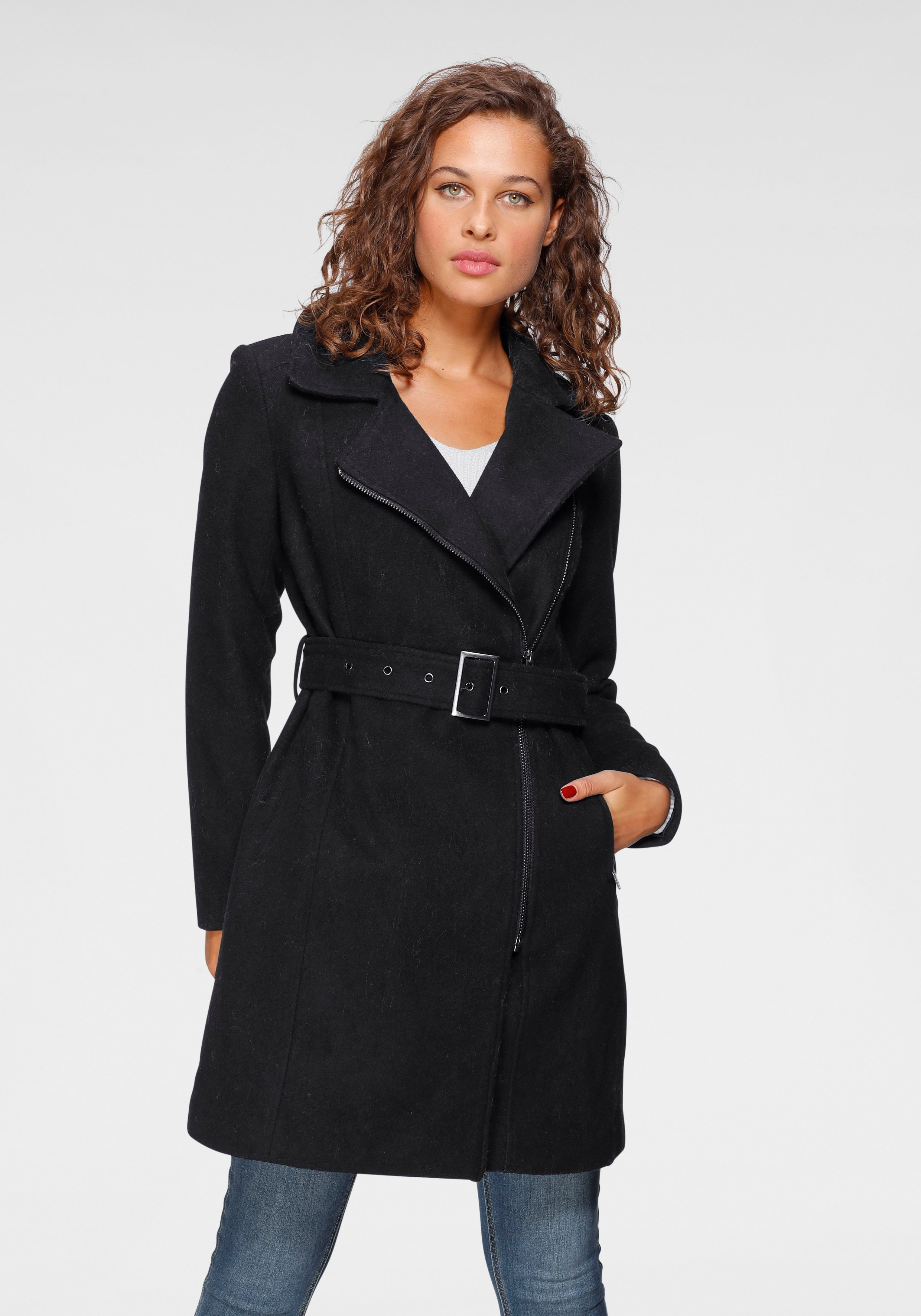 Op zoek naar een ONLY korte jas »ONLOLIVIA«? Koop online bij OTTO